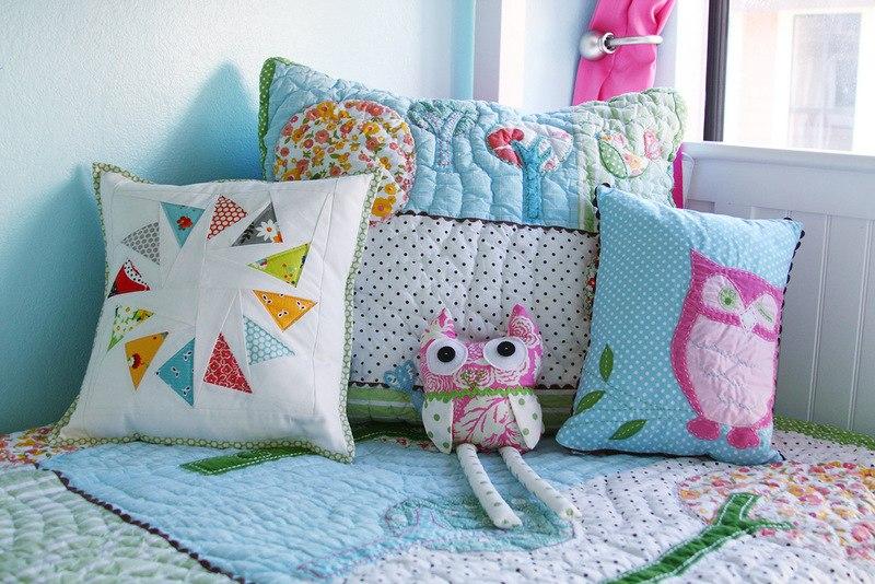 подушки для детской кровати